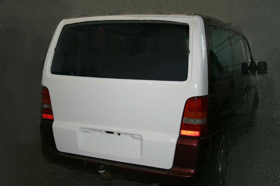 Задняя дверь хлопушка на Mercedes-Benz Vito W638