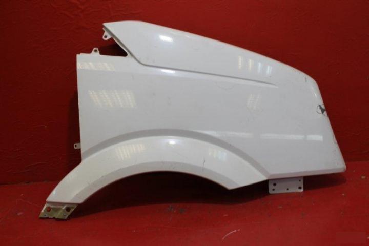Крыло переднее правое Volkswagen VW Crafter из стеклопластика
