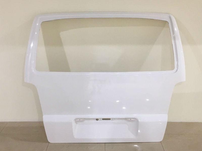 Задние двери Mercedes Vito W638 из стеклопластика (пластик)